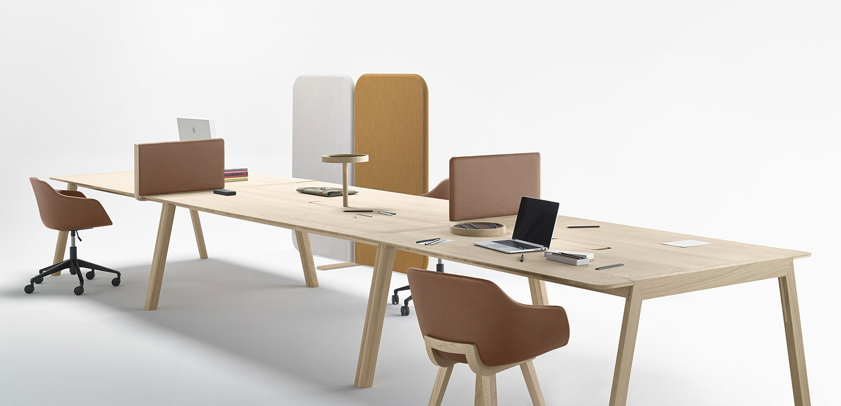 Alki meubles contemporains en bois fabriqu s au pays for Table de bureau design